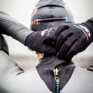 blueseventy-women-s-thermal-helix-wetsuit-43