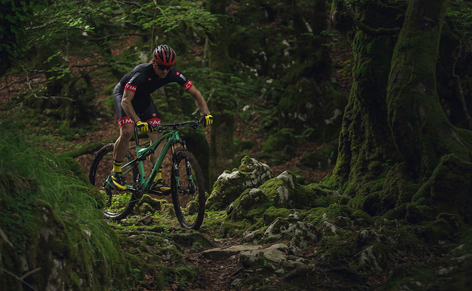 2017-orbea-oiz-xc-race-mountain-bike-6